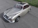 1968 Daimler V8 250 saloon_1